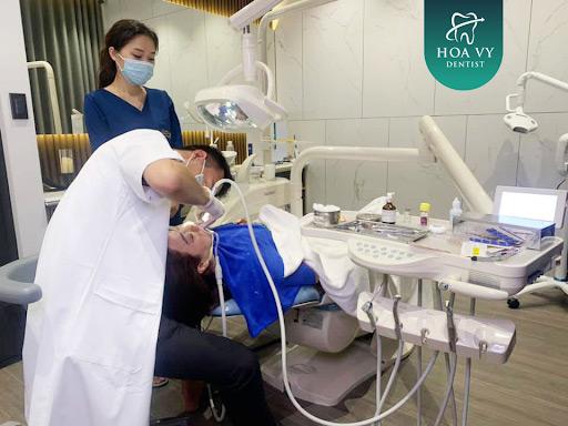 Lựa chọn phòng khám uy tín sẽ giúp quá trình mài răng cửa bọc sứ đạt hiệu quả cao hơn